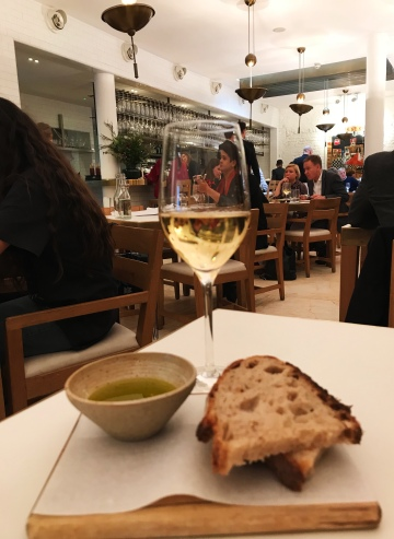 Simple bread and olive oil to start